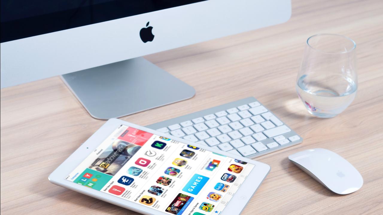 imac-apple-mockup-app-38544